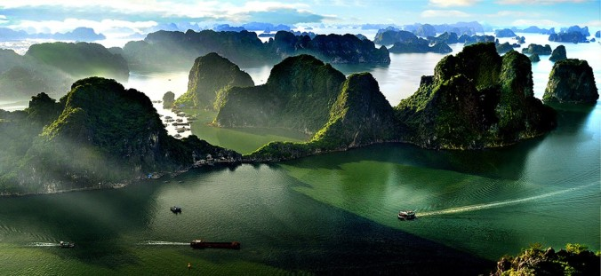 halong-bay-vietnam_1